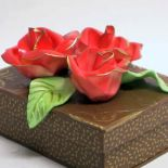 Scatola_rettangolare_con_rose